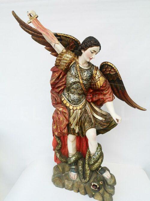 Arcángel San Miguel en madera tallada y policromada | 1