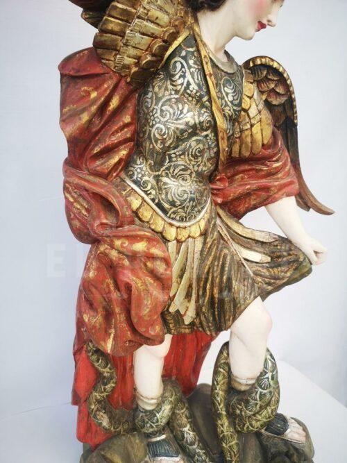 Arcángel San Miguel en madera tallada y policromada | 6