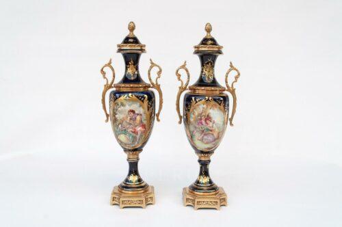 Sèvres - Porcelana Par de Ánforas | 1