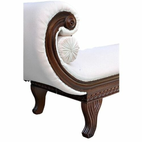 chaiselongue-de-madera-tallada