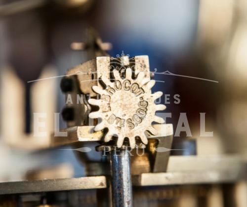Reloj  Sevres pintado a mano siglo XIX | 6