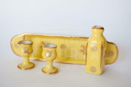 Limoges- Francce Bandeja con dos copas y botella | 4