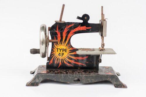 Maquina de coser de juguete TYPE 47 | 3