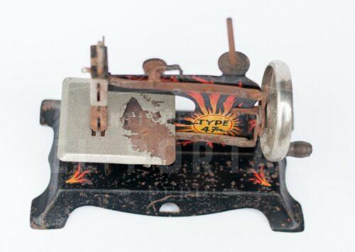 Maquina de coser de juguete TYPE 47 | 4