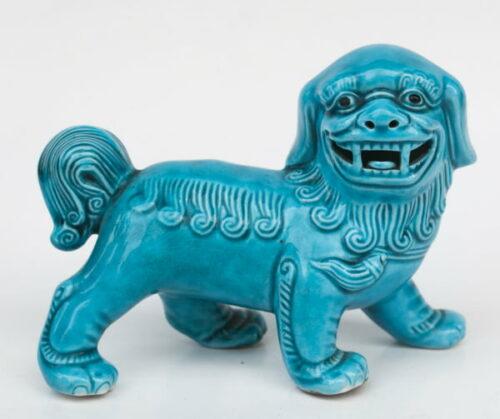 leon-caminando-de-porcelana-turqueza