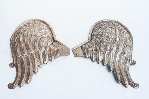 Par de alas de plaqué repujado | 1