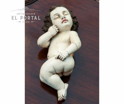 niño-jesus-escultura-en-madera