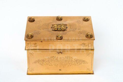 Cofre de bronce francés estilo Luis XV | 1
