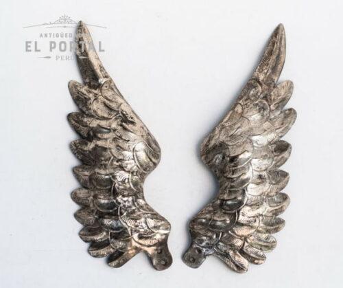 6893-par-de-alas-de-plaque-antiguedadesElPortal