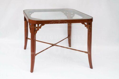 Mesa auxiliar de madera | 1