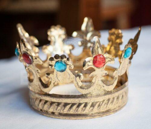 Corona de bronce repujado | 1