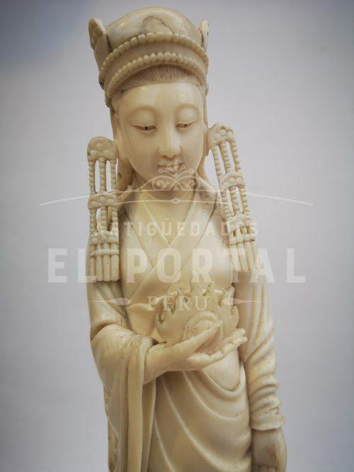 Diosa de marfil tallado | 5