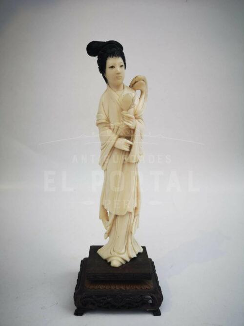 Diosa de marfil tallada -  China | 1