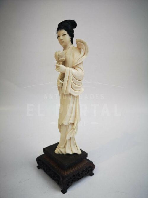 Diosa de marfil tallada -  China | 2