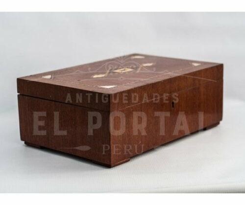 Cofre Joyero de madera con marquetería | 2