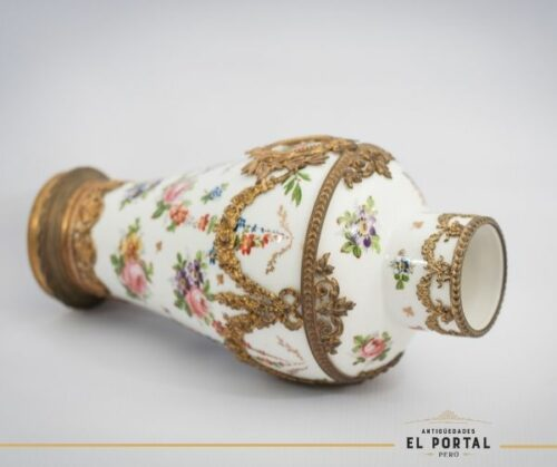 Sevres Florero de porcelana | 2
