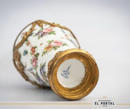 Sevres Florero de porcelana | 1