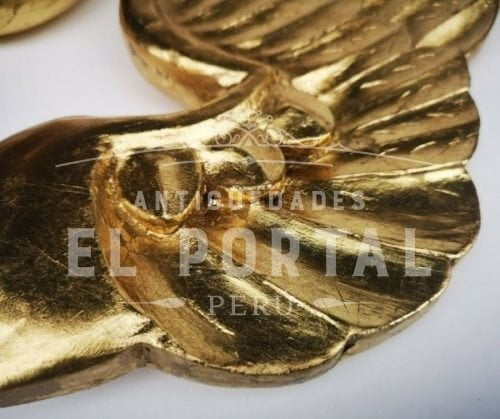 Alas de madera tallada dorada | 2