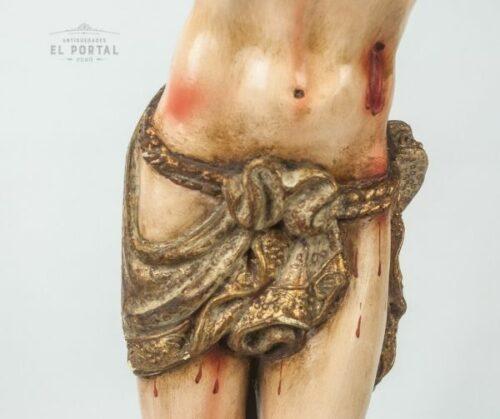 Cristo de madera tallada | 2
