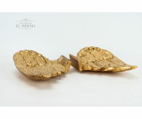 Par de alas de madera tallada y dorada | 1
