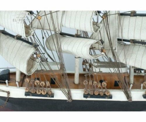 Barco de madera a escala | 2