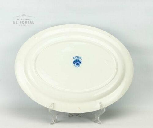 Plato ovalado azul y blanco Woods & Sons | 2