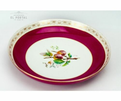Plato de porcelana decorativo