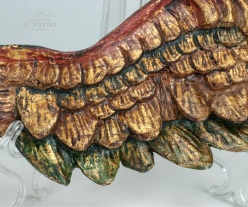 Alas de madera tallada policromado y dorado | 1