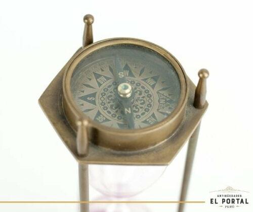 Reloj de arena de bronce con doble brújula | 1